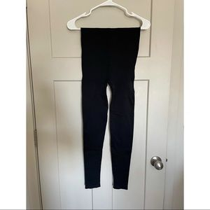 Blanqi Highwaisted Postpartum Leggings